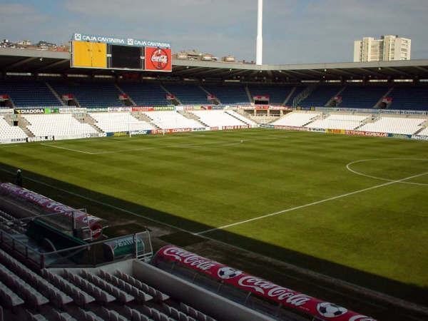 R santander c a osasuna post oficial post for Puerta 20 estadio racing
