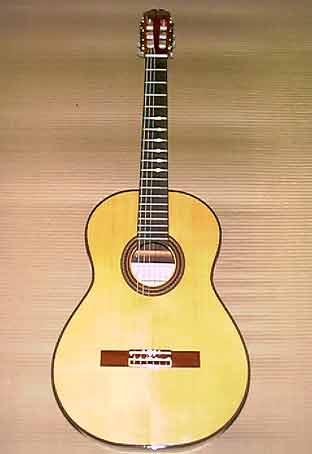 Tipos de guitarras for Guitarras la clasica